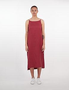 Tara Dress - do kolan & midi sukienki - ruby