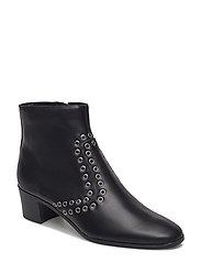 Stud ankle boots - BLACK