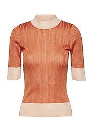 Contrasting knit top - ORANGE