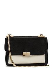 Leather flap bag - BLACK