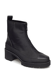 Heel zipped boots - BLACK