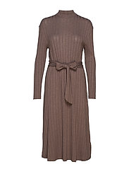 Ribbed midi dress - BROWN