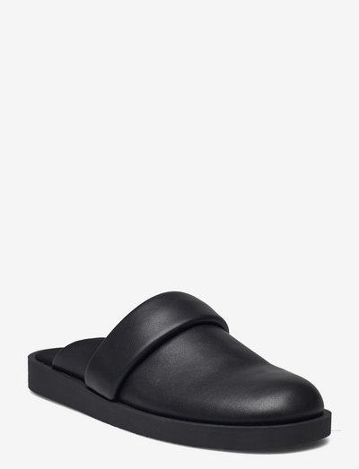 CAMA - mules & slipins - black