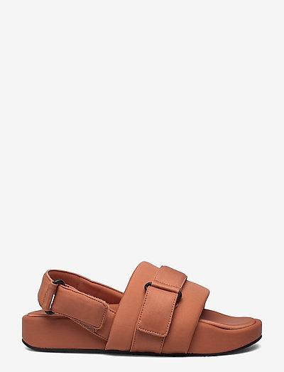 GERY - flade sandaler - terracotta