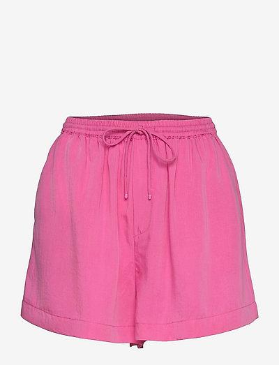 LIM - casual shorts - fuchsia