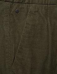 Marc O'Polo - Woven Pants - pantalons chino - grape leaf - 2