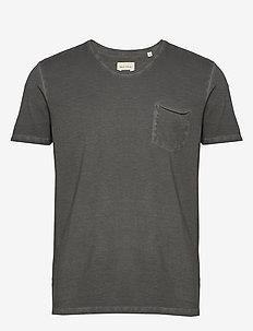 T-shirt, short sleeve, v-neck, raw - basic t-shirts - gray pinstripe