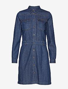Denim Dress - skjortekjoler - drapy authentic denim
