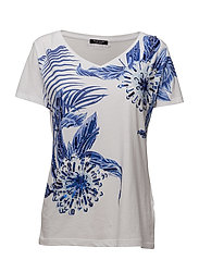 S VN BLUE DAISY TEE - TRUE WHITE