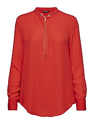 STUDDED TOP - POP RED