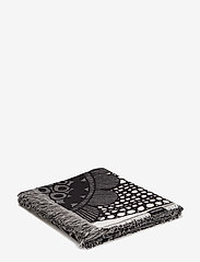 Marimekko Home - SIIRTOLAPUUTARHA BLANKET - blankets - ecru, black - 0