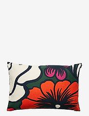 Marimekko Home - ELÄKÖÖN ELÄMÄ CUSHION COVER - poszewki na poduszki ozdobne - dark green, red, off-white - 1