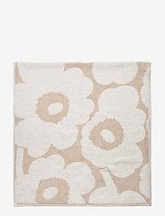 Marimekko Home - UNIKKO BATH TOWEL - hand towels & bath towels - beige, white - 2