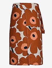Marimekko Home - PIENI UNIKKO HALF APRON - forklæder - cotton, chestnut - 1