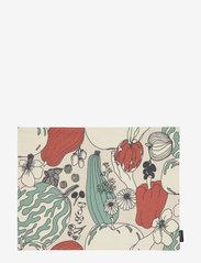 Marimekko Home - VIHANNESMAA ACRYL COATED PLACEMAT - sets de table et dessous de verre - red, green - 0