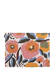 ROSARIUM ACRYLIC PLACEMAT - WHITE, RED, YELLOW, BLUE