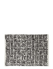 JUUSTOMUOTTI PLACE MAT - WHITE, BLACK