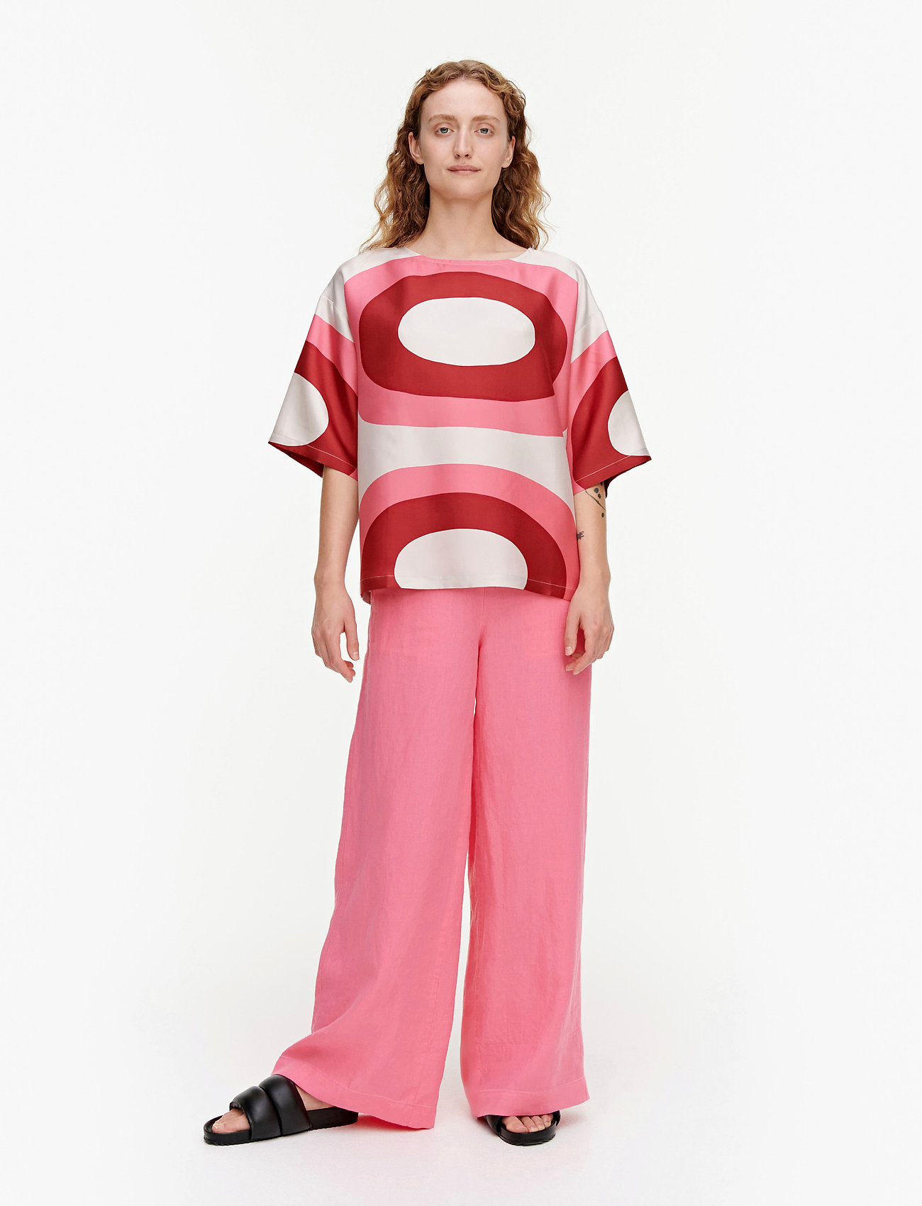 Marimekko - SILEÄ MELOONI SHIRT - kortærmede bluser - red, pink, beige - 0