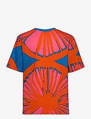 Marimekko - KUUSIKKO APPELSIINI T-SHIRT - t-shirts - bright blue, orange, pink - 2