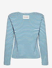 Marimekko - LEIKITTELIT MANSIKKA PLACEMENT SHIRT - langærmede toppe - off white, blue, red - 2