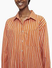Marimekko - JOKAPOIKA 2017 - chemises à manches longues - beige, orange - 5
