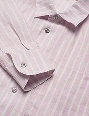 Marimekko - JOKAPOIKA 2017 LINEN SHIRT - langærmede skjorter - lavender, off-white - 2