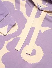 Marimekko - NIITTYHOPEA UNIKKO HOODIE - hættetrøjer - light beige, lavender - 2