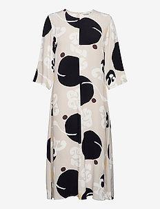 PEILAUS KORNETTI DRESS - sukienki na codzień - beige, black, off-white