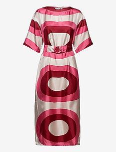 HIMMEÄ MELOONI DRESS - robes longues - red, pink, beige