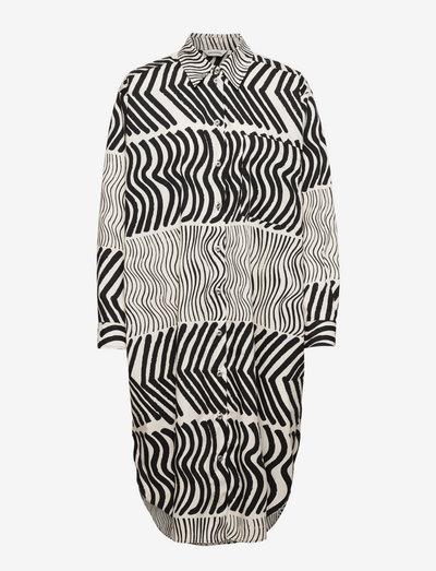 POLKUE SILKKIKUIKKA DRESS - skjortekjoler - off-white, black