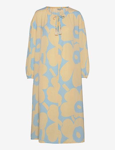 KORKEAAN PIENI UNIKKO 2 DRESS - midi kjoler - turquoise, yellow