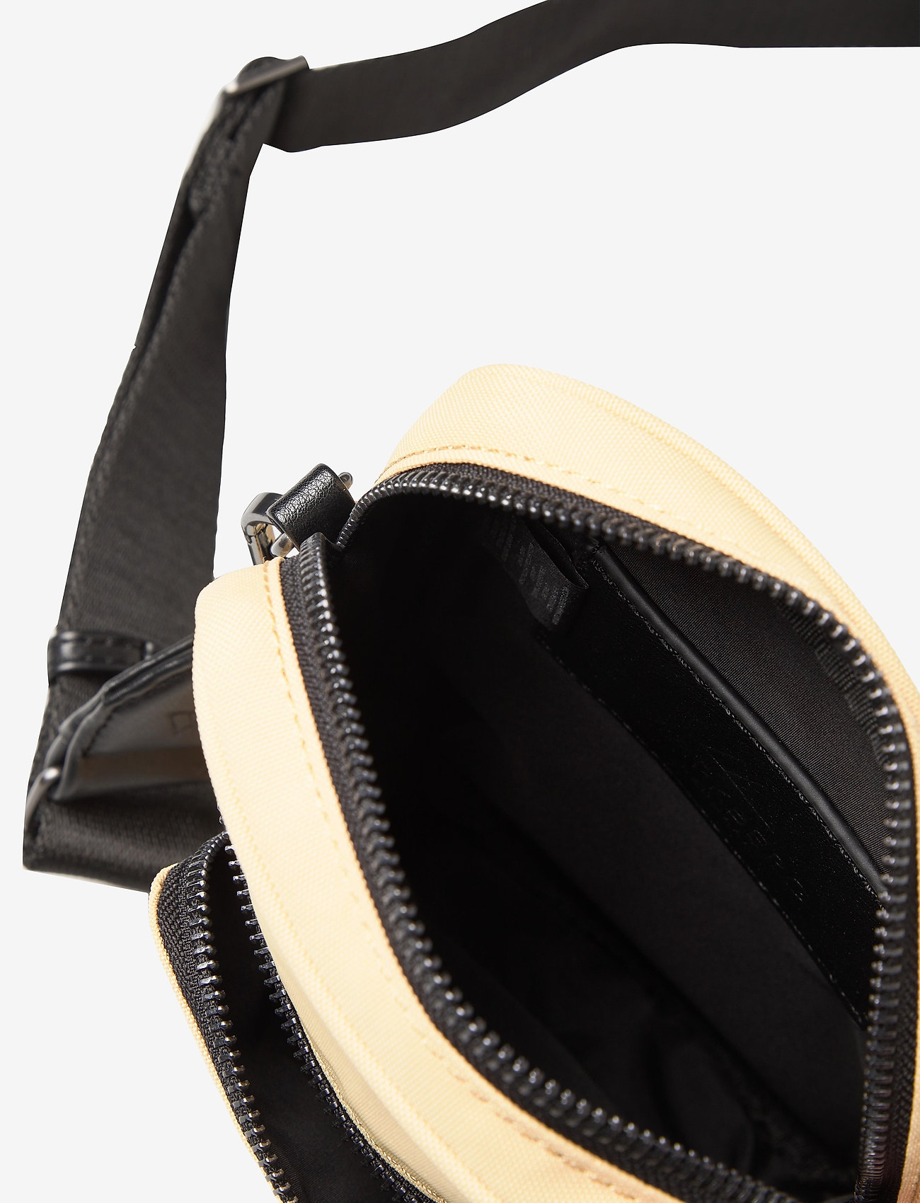 Markberg - Bexley Crossbody Bag - shoulder bags - sorbet w/black - 3