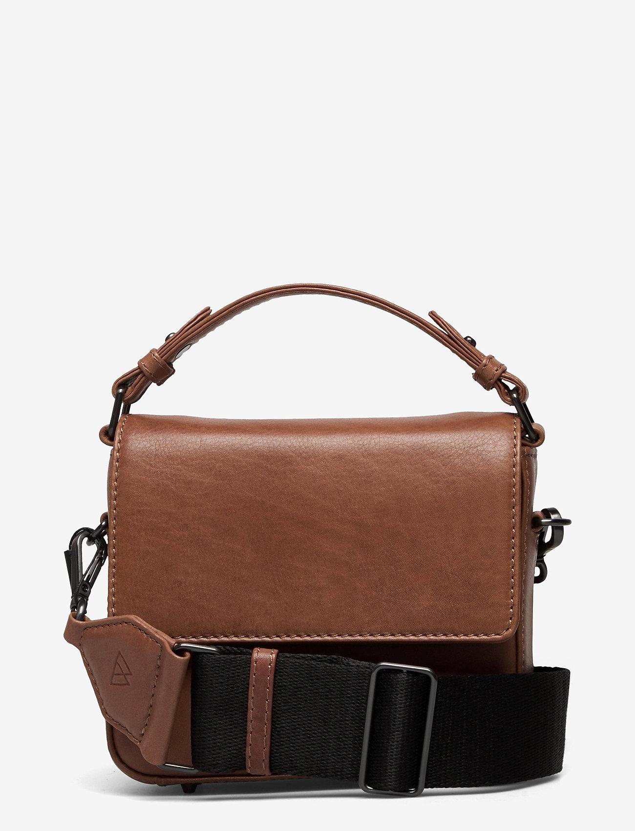 Markberg - Adora Small Crossbody Bag, Ant - tassen - caramel w/black - 0