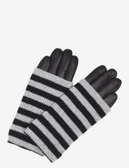 Helly Glove - B. STRIPES