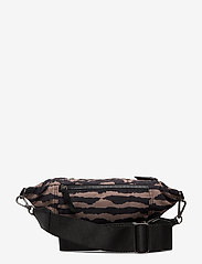 Markberg - Elinor Bum Bag, Recycled - tassen - blurry lines w/black - 1