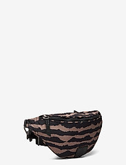 Markberg - Elinor Bum Bag, Recycled - tassen - blurry lines w/black - 2