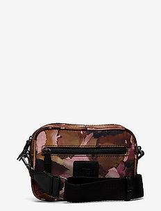 Elea Crossbody Bag, Recycled - tasker - watercoloring w/black