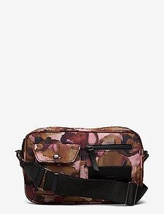 Darla Crossbody Bag, Recycled - tasker - watercoloring w/black