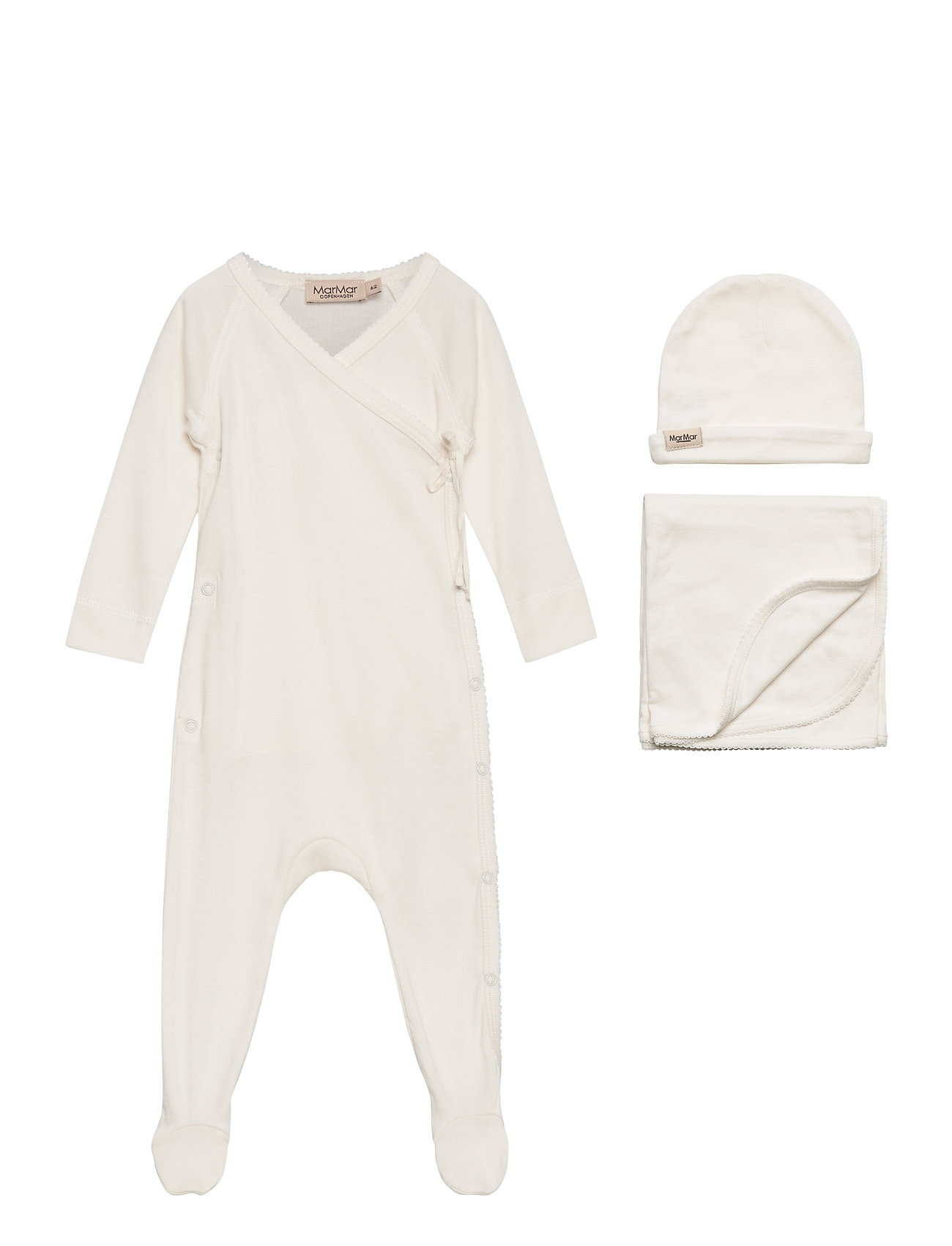 MarMar Cph New Born Gift Box - suit, hat and blanket - GENTLE WHITE