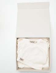 MarMar Cph - New Born Gift Box - suit, hat and blanket - langärmelig - gentle white - 14