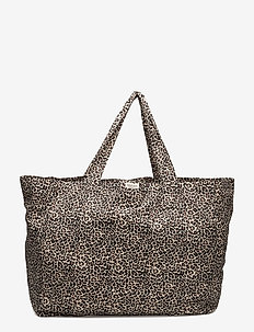 Leo Weekend - casual shoppers - brown leo