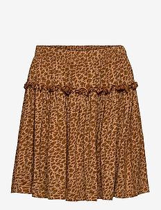 Leo Sylvia - skirts - sierra leo