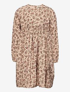 Daura - dresses - climbingrose