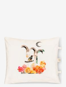 Fairy Tale Cushion case - kuddar - white