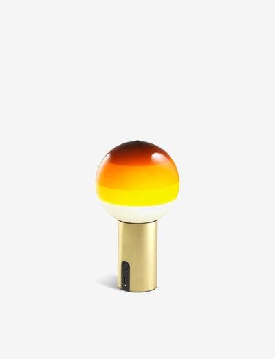 DIPPING LIGHT PORTABLE AMBER/BRUSHED BRASS - bordslampor - amber
