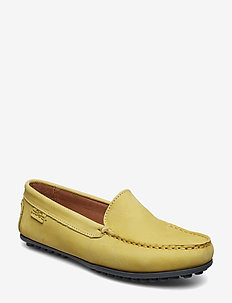 PLAIN DRIVING LOAFER WMN - LIGHT YELLOW
