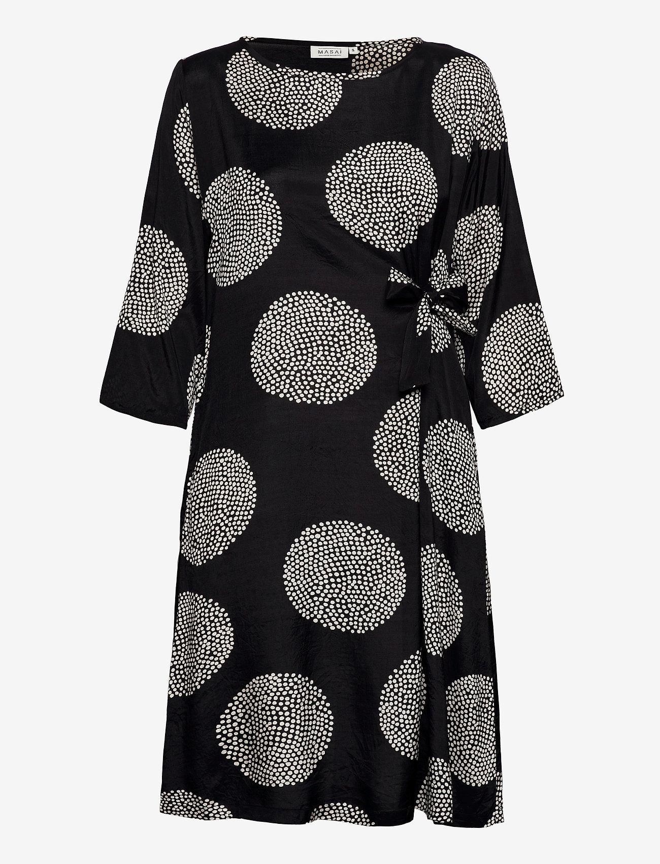Masai - Nonie - sukienki do kolan i midi - black - 1