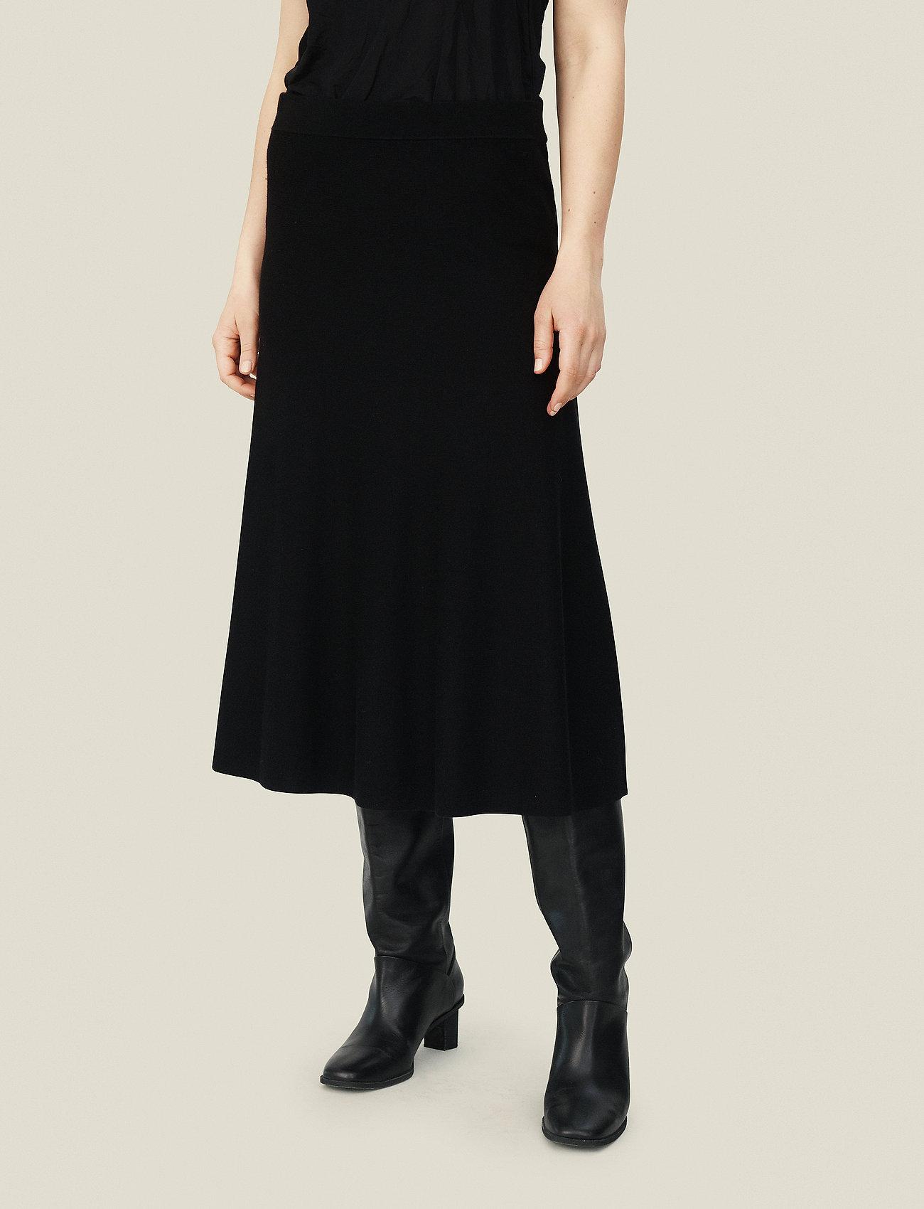Masai - Stina - spódnice do kolan i midi - black - 0