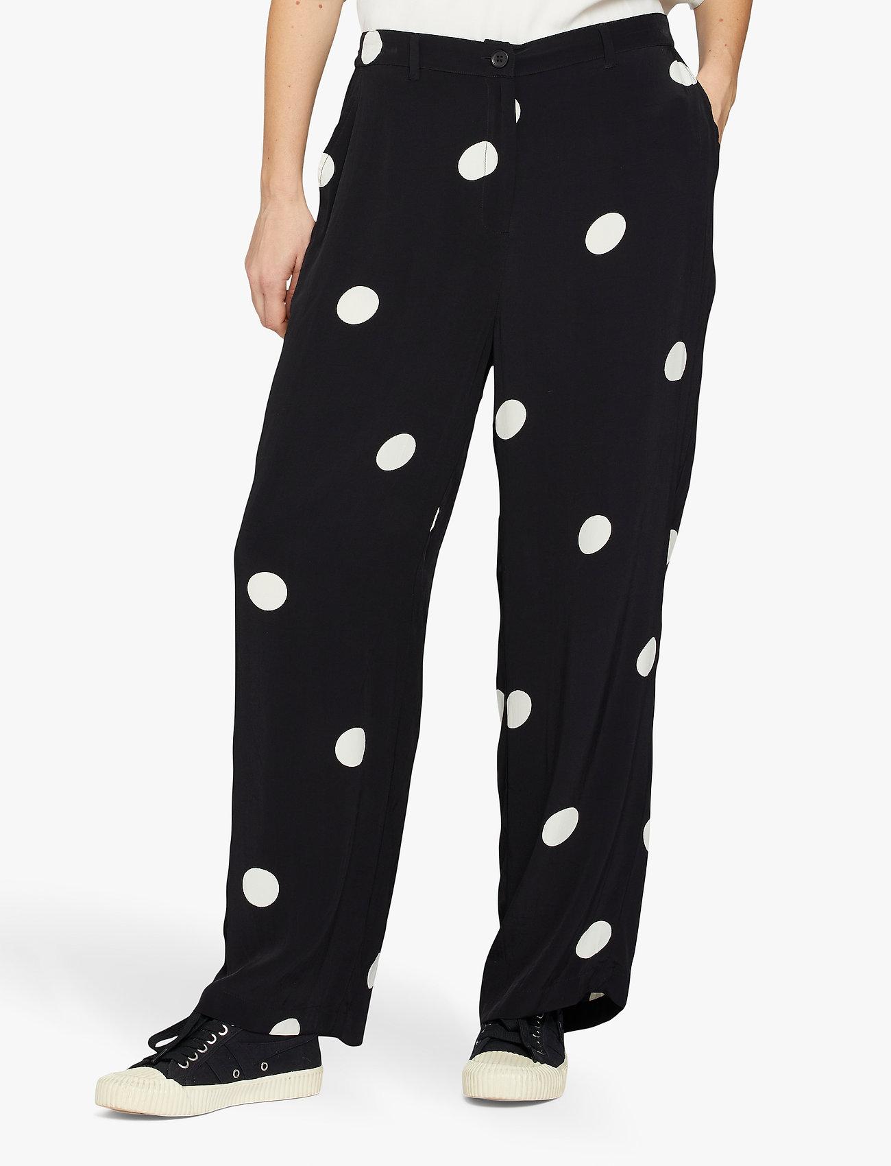Masai - Perinua - bukser med brede ben - black - 0