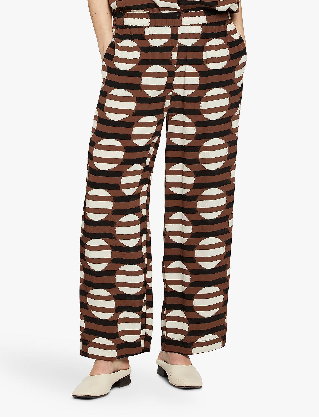Masai - Parili - casual bukser - tiramisu - 0